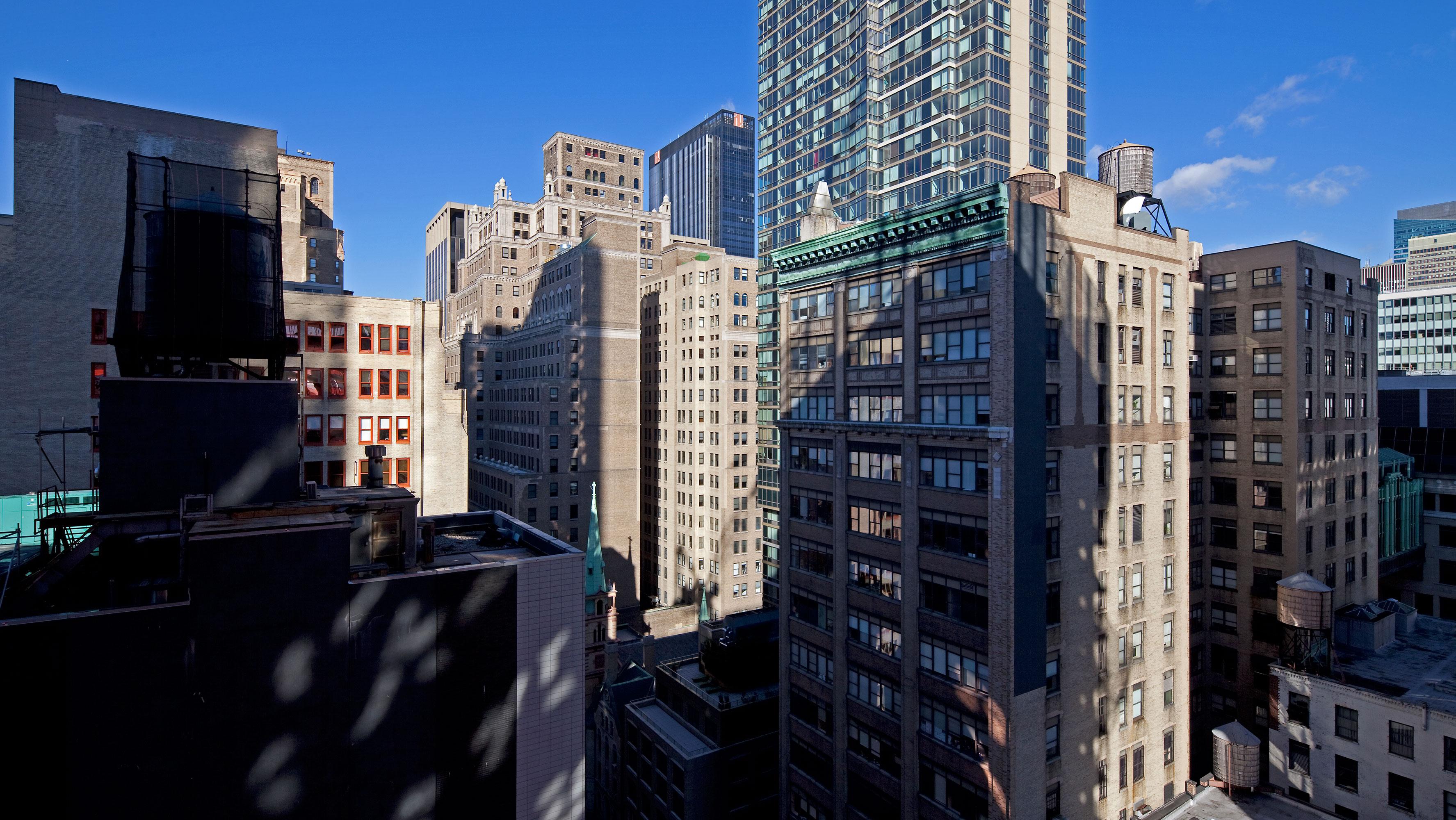 19th Floor west